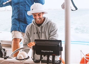 visvinder van raymarine